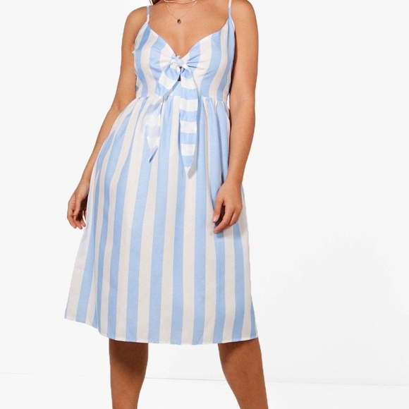 b91a0db0941 Blue white stripe bow sundress Size 20 Plus Size